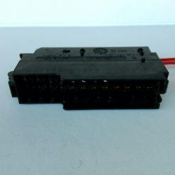 Блок предохранителей VW Audi 4F1 1 941 824 Austria KT1 8 AU P A013 >PBT+ASA GF14