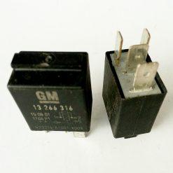 Реле GM 13 266 316 V23374-A1001- X009