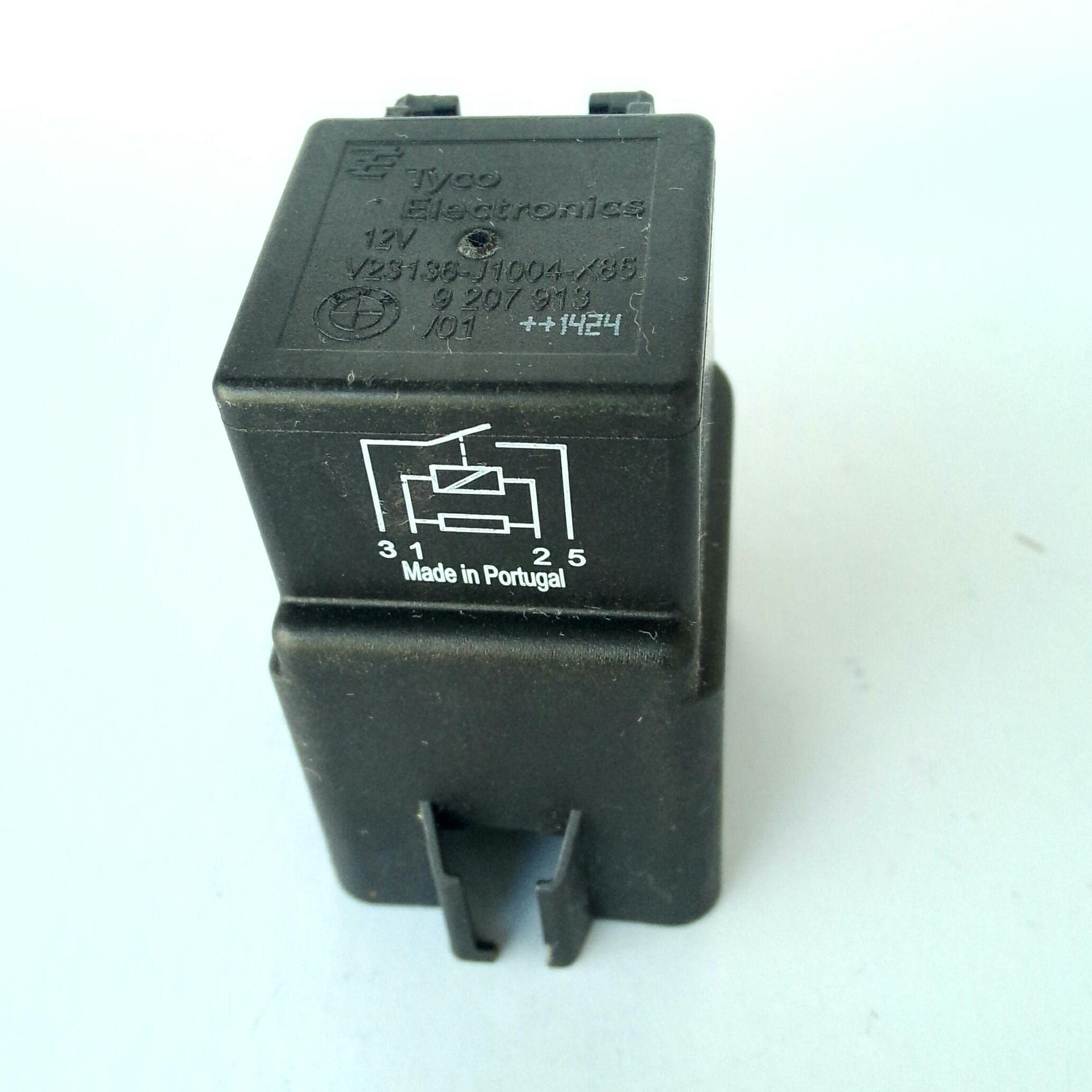 Реле 70А 12в BMW 61 36 9 207 913 Tyco Electronics V23136-J1004-X85