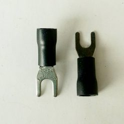 "Клемма ""вилка"" в изоляции 4мм толщина 0.8мм под провод 2,5-4кв.мм черного цвета SV3.5-4"