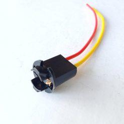 Патрон T10 пластик с 2-мя зацепами под лампу W5W с проводом