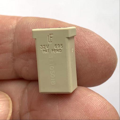 Предохранитель Littelfuse MCASE® Unsoletted 0695025.PXP Fuse Puller 25A оригинал